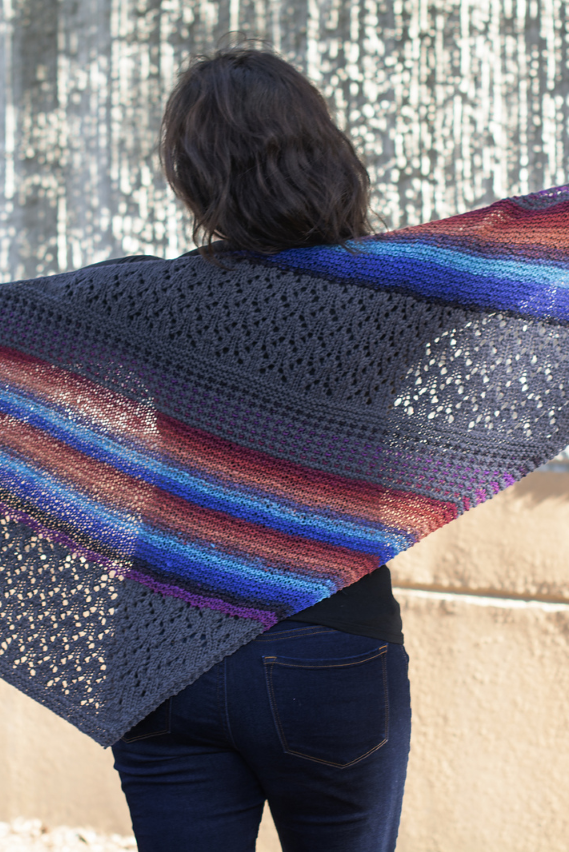 Image of 7th Inning Stretch Shawl